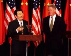 [박현영의 글로벌 인사이트] 2001년 중국 WTO 가입 후원한 미국, 제 발등 찍었나