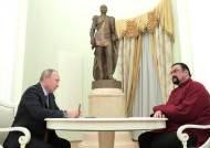 러시아, 대미 관계 특사에 美 액션배우 스티븐 시걸 임명