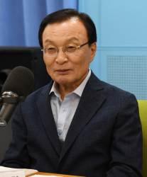"""""""문재인 실장과 저는요""""…대통령과 인연 강조하는 <!HS>민주당<!HE> 3인방"""
