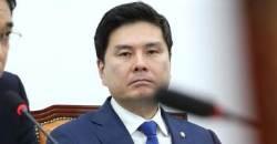 """바른정당 출신 당직자 17명 사표에…지상욱 """"마음이 아프다"""""""