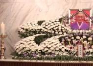 '위안부 피해자의 상징' 김복동 할머니 별세…생존자 23명