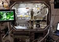 신발이 우주로 날아간 이유…아디다스, 무중력 인체공학 실험