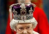 여왕은 힘들어…메그시트로 골치아픈 엘리자베스 2세의 영화로 보는 일대기