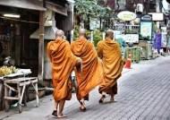 """[백성호의 현문우답]""""부처님도 육식하다 식중독 걸렸다"""" 고기 먹는 스님의 항변"""