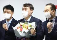 """""""닥치고 정권교체"""" 수혜자 尹···입당은 기회일까 위기일까 [뉴스원샷]"""