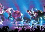 BTS는 아픈 청춘들의 '방탄막' … 팬이 팬을 불러 모은다