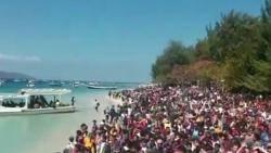 피난 보트에 주민·관광객 수천명 뒤섞여…롬복 '대탈출'
