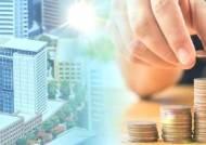 대기업 투자 앞당겨 경제 활력…정책방향 신호등 바뀌나