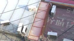 '불법증축' 잇속에 골목 막는 건물주들…주민들 울상