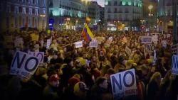 '한 나라 두 대통령' 베네수엘라 반정부 시위…군부도 균열