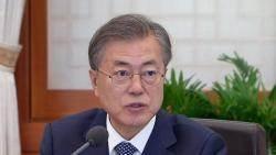 [청와대] 대통령, 현안 보고 받아…민생·경제 행보 고삐