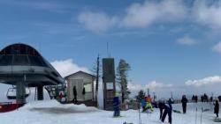 [뉴스브리핑] '4월에 즐기는' 스키…때아닌 폭설에 재개장