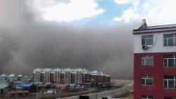 [해외 이모저모] 중국, 하늘까지 맞닿은 거대 모래폭풍…황사 우려