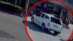 건축자재 판매점에 SUV 돌진…차량 화재로 운전자 사망