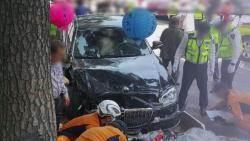 통도사서 70대 몰던 차량 돌진…1명 사망·10여명 부상