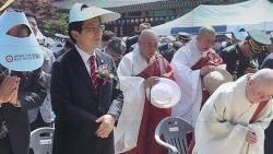 [비하인드 뉴스] '불교의식' 손사래까지…황교안 '신앙'의 깊이?
