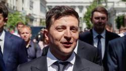 """젤렌스키, 우크라 6대 대통령 취임…""""의회 해산"""" 선언"""