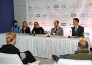 인텔, 미국 패션 디자이너 협회 등과 웨어러블 기술 협력 발표