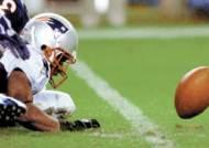 '아, 한 뼘이 모자라 …' 뉴잉글랜드, NFL 첫 3연속 우승 도전 실수로 자멸