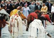 영국 여왕 50년 만에 방문… 영국인 북미대륙 첫 정착촌 제임스타운