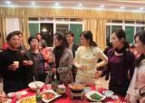 동남아 여성들이 평양 호텔 지하에 있는 까닭