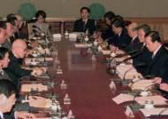 [남기고] 이헌재 위기를 쏘다 (11) LG·현대 반도체 빅딜을 중재하다
