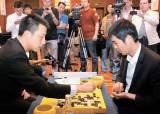 관록의 한국 주력 7인 vs 패기의 중국 '90후'