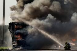 [사진] <!HS>이집트<!HE> 카이로 대학 폭발<!HS>테러<!HE>, 최소 2명 사망