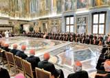 """프란치스코 """"교황청은 영적 치매, 정신분열증 걸려"""""""