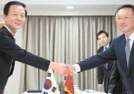 주중 대사, 국방장관 출신 김장수 … 한·중 군사협력 '밀착'