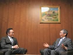 <!HS>아베노믹스<!HE> 세 번째 화살 이미 쐈다 … 일본 서비스 규제 개혁해야 명중한 것