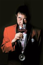 [<!HS>당신의<!HE> <!HS>역사<!HE>] 일반인은 와인 구경도 못한 70년대, 대한민국 1호 소믈리에가 탄생했다