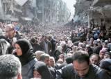 IS에 습격당한 난민캠프, 굶주림에 참수 공포까지 … IS서 재탈환한 티크리트, 군인 1700명 매장지 발견