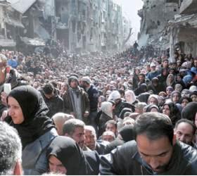 IS에 습격당한 <!HS>난민<!HE>캠프, 굶주림에 참수 공포까지 … IS서 재탈환한 티크리트, 군인 1700명 매장지 발견