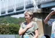[사진] 65년 만에 남편 곁으로 … 6·25 실종 미군 아내 유골 낙동강에