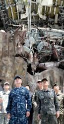 """[사진] 미 태평양사령관 """"천안함, 북한이 왜 위험한지 보여줘"""""""