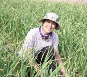 """[<!HS>우리농식품사랑캠페인<!HE>] """"남 시선 왜 신경쓰나요?"""" 흙에서 행복 찾은 '고창처녀농부'"""