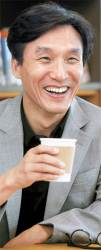 [<!HS>이정민이<!HE> <!HS>만난<!HE> <!HS>사람<!HE>] 정계복귀설 김민석 전 의원