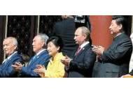 '둥펑-5B' 과시하며 세계평화 강조한 시진핑