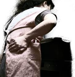 [건강한 목요일] 허리 아픈 당신, 일단 지켜보세요 운동·통증차단술로 61%는 좋아집니다