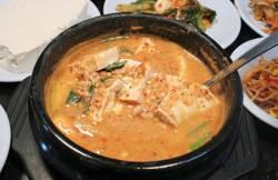 [오늘 점심 뭐 먹지?]  금성토속음식점 - 주인장 정성 가득 담은 청국장과 순두부