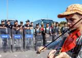 [고정애의 유레카, 유럽] 국경 열었다 닫았다 … 유럽 난민 폭탄 돌리기