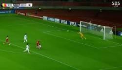 U17 한국 벨기에전, 아쉽게 날아가버린 페널티킥 찬스