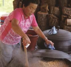 [우리농식품사랑캠페인] 스물둘 귀농 청년, 할머니의 청국장 사업화해내다