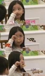 """'슈돌' 정시아 인형 미모의 딸 서우, """"아빠가 설거지만 한다. 5분 놀아준다."""" 폭로?"""