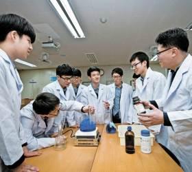 [학교 깊이보기] 서울 <!HS>특목고<!HE>·자사고에서 교육과정 배우러 오는 일반고