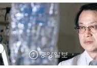 '품위 있는 죽음' 연명의료 중단 법안 이끈 윤영호 교수