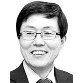 [비즈 <!HS>칼럼<!HE>] <!HS>해외<!HE> 인재 모여드는 '아시아 실리콘 밸리' 만들자