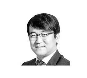 [데스크 view &] 반퇴 정글서 살아남기, 30대부터 준비하라