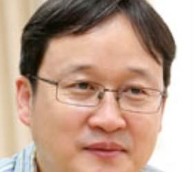 유창혁, <!HS>이창호<!HE> 제치고'바둑의 전설'우승